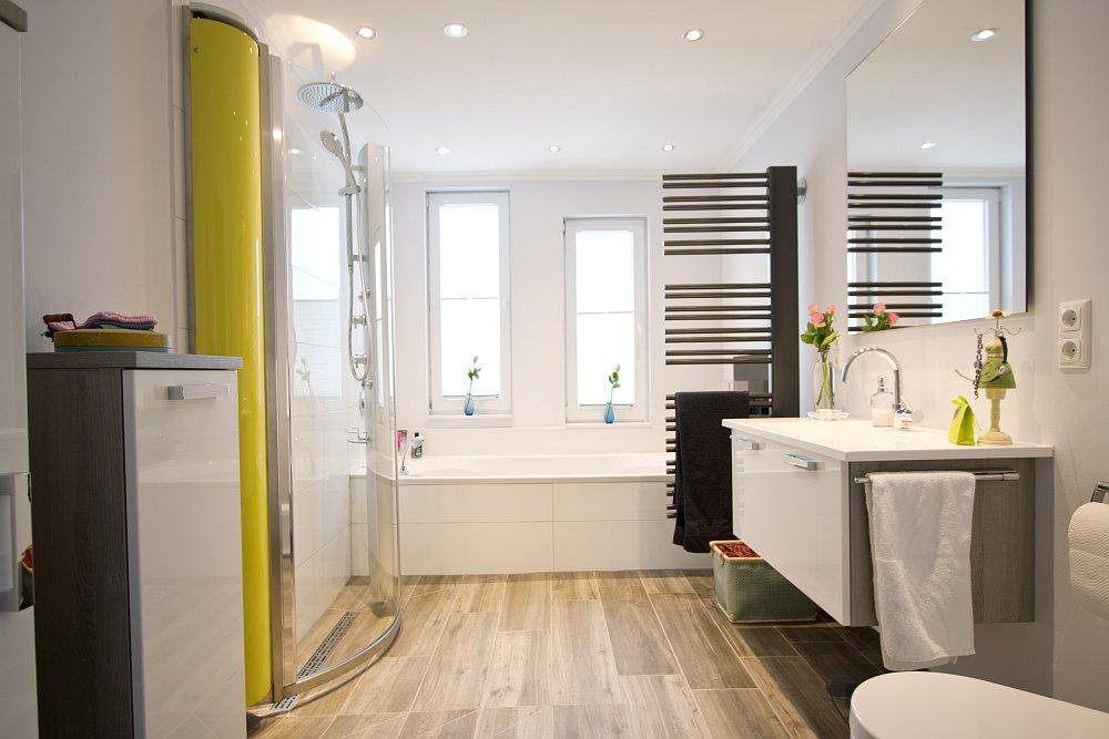 Dusche Glas Pflegeleicht : Bodengleiche Dusche Podest : Ein Bad nehmen ...